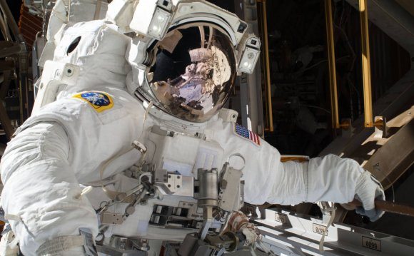 Become A NASA Astronaut