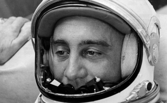Gus Grissom, America s second