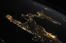 image of Italy at night